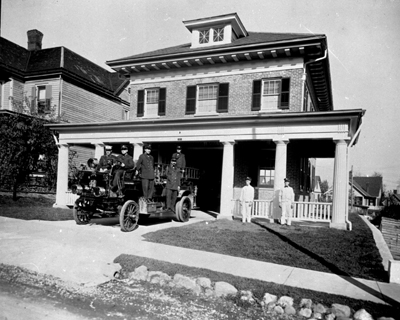 Firehouse 4 1911 - 19??. Firehouse 4 was located at 323 Highland Avenue SW. This station is no longer in existance.