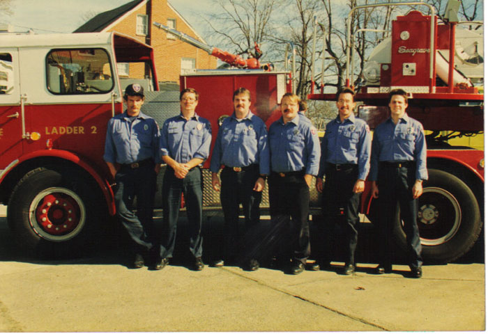 (above) Chuck Wells, Ronnie Renick, Brent Berry, John Sweeney, Ricky Troutt, and Kevin Bell on Ladder 2 A Shift in the early 1990's. Picture from Maurice Wiseman