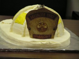 Retirement Dinner: the cake is a replica of Billy&#039;s helmet